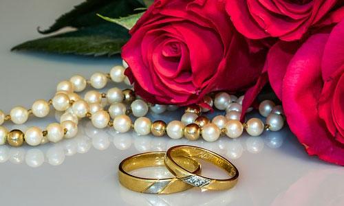 結婚指輪・婚約指輪を売りたい!買取情報や高く売る方法まとめ